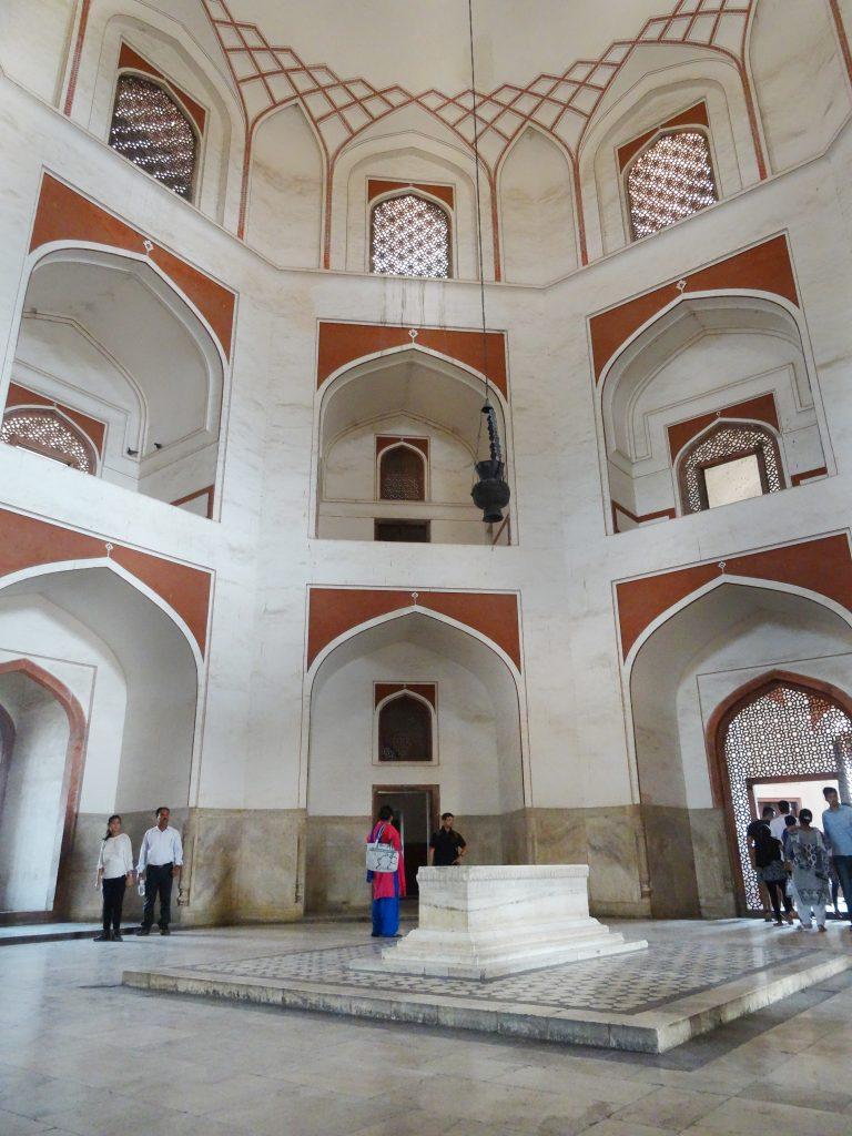 la salle du tombeau de l'Empereur Humayun