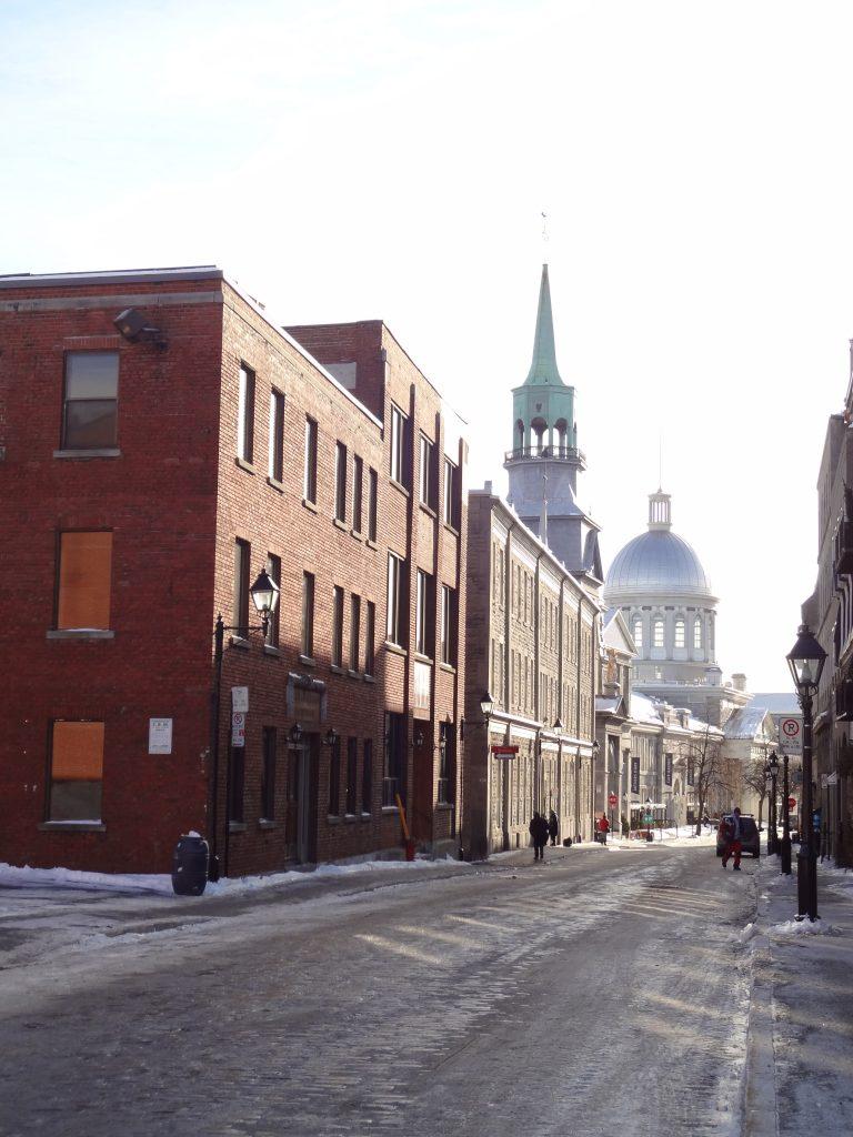 les buildings anciens du centre ville de Montréal